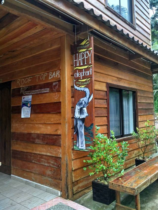 happy-elephant-guesthouse-koh-rong-cambodia