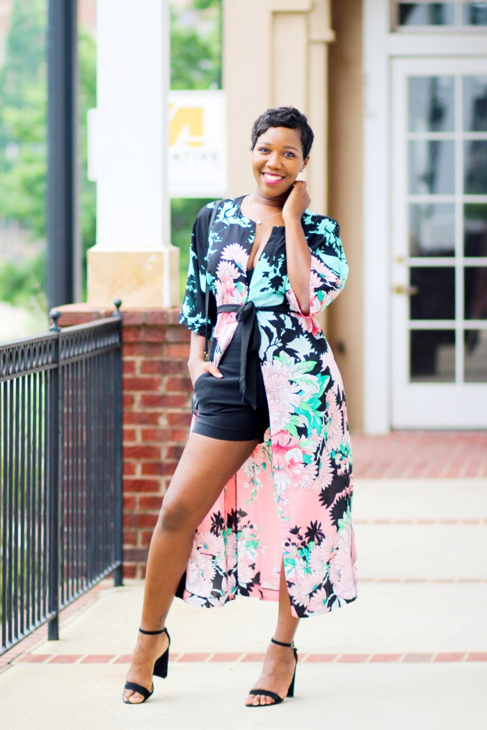 How to Wear: The Floral Kimono Robe From New York & Company