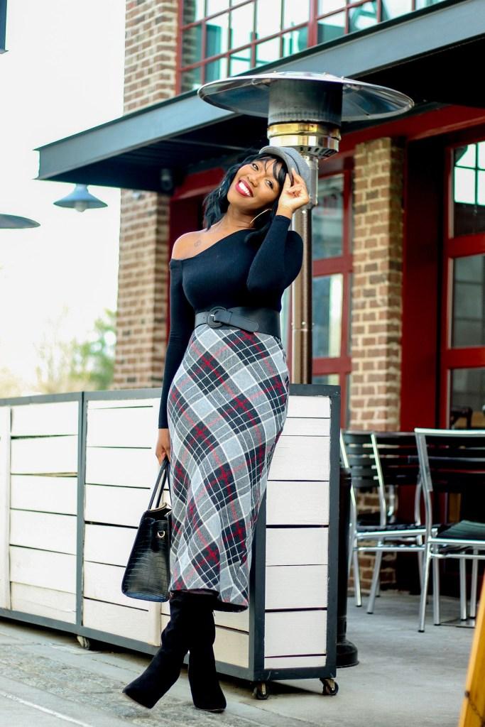 Chic Wool Pencil Skirt