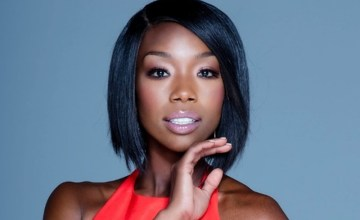 brandy-files-lawsuit-label-restricting-releasing-new-music