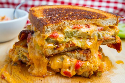 Pulled Pork Green Chile Cheese Melt / Closet Cooking