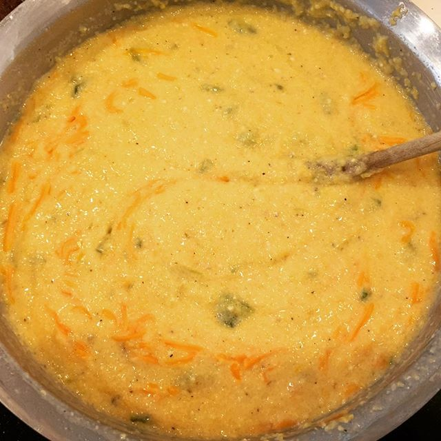 New Mexico Green Chile Con Queso / Photo by Instagram user eviemaesbbq