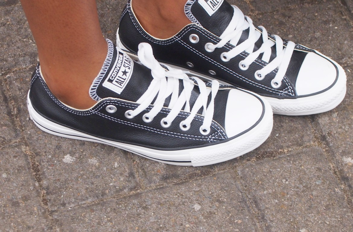 leather black and white converse