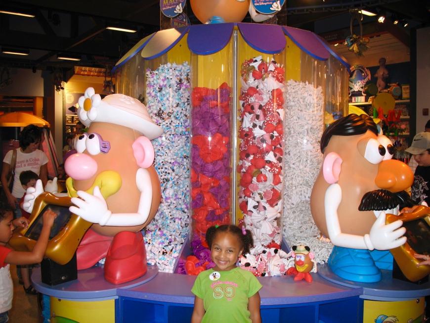 How To Save Money At Disney World - Mr. Potato - http://iamsherrelle.com