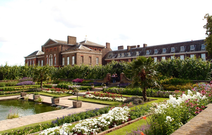 London Sightseeing Kensington Palace http://iamsherrelle.com