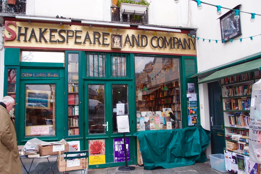 Paris Alone - Shakespeare And Company - http://iamsherrelle.com