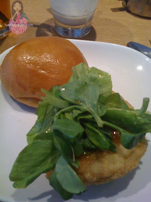 A Review of Flip Burger - Sherrelle