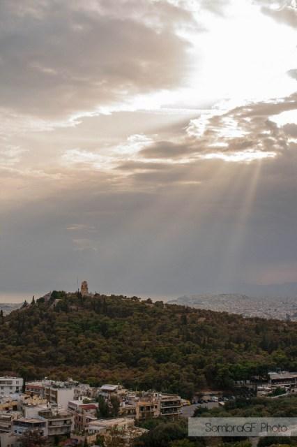 atenas acropolis luz tormenta