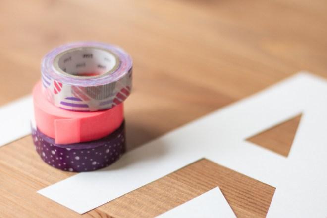 diy masking tape letras letters lámina bebe baby manualidad