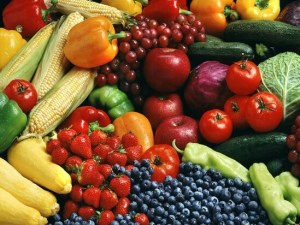 colorful fruits and vegetables to improve your diet