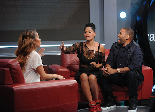 tracee-ellis-ross-106-park-buscemi-red-sneakers