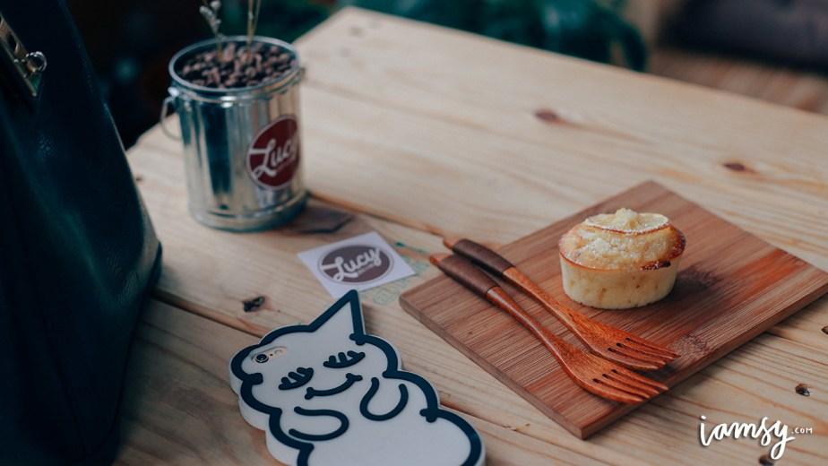 2015-iamsy-jul-lucy-coffee-and-food-18