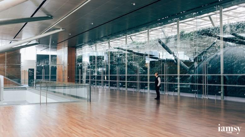 保安員在博物館裡一個人的寂寞和浪漫