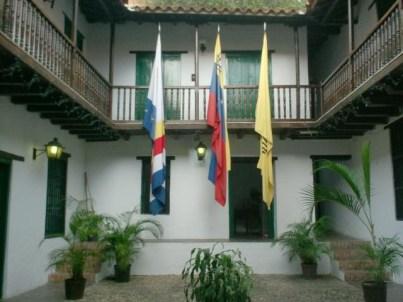 Patio interior de la Casa Vargas, sede litoral de la USB. Foto Decanato de Extensión de la USB.