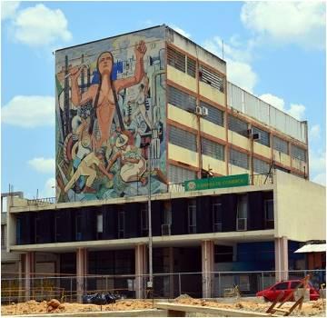 """Braulio Salazar, """"La Evolución del Mundo"""" Edificio Cámara de Comercio. 1964."""