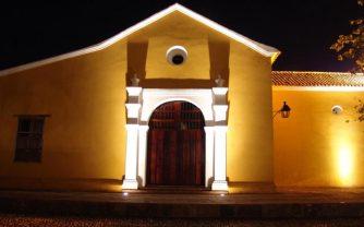 Parte posterior de la iglesia