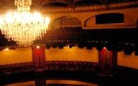 La acústica original se recuperó en 1995.