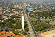 Vista aérea del emblemático obelisco de la capital de Lara.