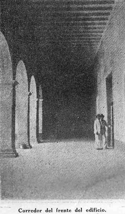 Corredor del frente del palacio Marqués de Pumar. Foto dig. Samuel Hurtado Camargo.