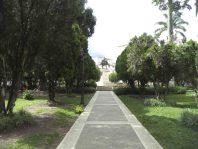 Avenida de la esquina sur de la plaza Bolívar de Mérida. Patrimonio histórico de Mérida, Venezuela.