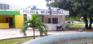 Caseta policial en los predios del parque Los Mangos, sin embargo, acecha los vecinos se quejan por la inseguridad. Barinas, estado Barinas. Venezuela.