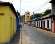 Fachadas coloniales del centro histórico de San Sebastián de Los Reyes, Aragua. Patrimonio cultural venezolano.