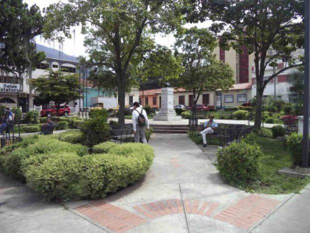 Plaza rangel de Mérida. Monumento a Antonio Rangel. Patrimonio cultural de Venezuela.