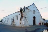 Fachada de la iglesia San Nicolás de Bari, antes de la restauración de 2015. Obispos, Barinas. Venezuela.