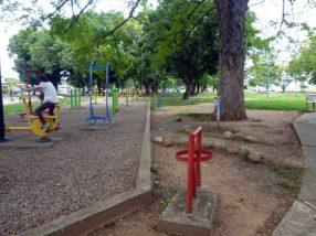 Gimnasio al aire libre en el parque Los Mangos, activo patrimonial de la ciudad de Barinas, Venezuela.