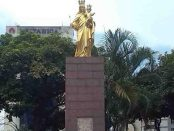 Monumento a la Virgen María Auxiliadora, plaza Francia, Chacao.