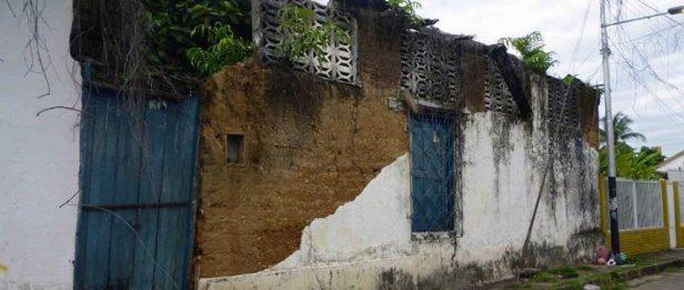 Vista de la fachada de la Casa Arveleña. Foto Marinela Araque, mayo 2017.