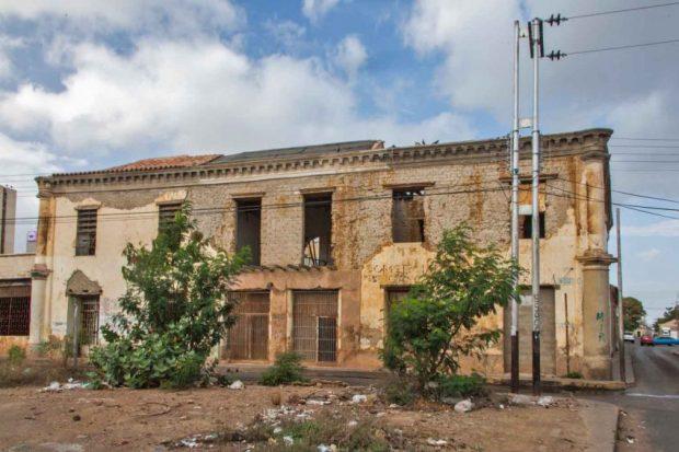 Coro - La Vela, Patrimonio Cultural de la Humanidad, en la lista de peligro de la UNESCO. Venezuela.