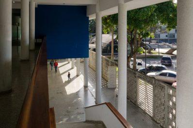 Edificio de Medicina Tropical de la UCV. Ciudad Universitaria de Caracas, Patrimonio mundial de Venezuela 2000.