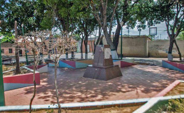 La plaza Rafael Urdaneta, en Coro, estado Falcón. Abandonada desde 2016. Patrimonio venezolano en riesgo.