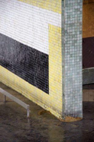 Detalle del mural de Pascual Navarro (1954), en el corredor cubierto de la UCV. Ciudad universitaria de Caracas, declarada Patrimonio de la Humanidad en el año 2000 por la UNESCO. Venezuela.