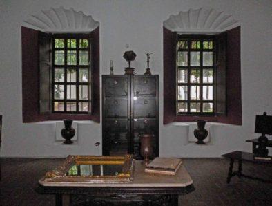Salón interno que funciona como galería en Casacoima, monumento histórico histórico nacional ubicado en Guanare, estado Portuguesa. Patrimonio cultural venezolano.