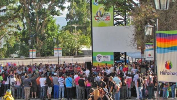 Actividades culturales durante la reinauguración de la plaza Las Heroínas merideñas, el 1 de marzo de 2014. Patrimonio cultural del estado Mérida, Venezuela.