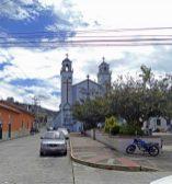 Costado oeste de la plaza Rivas Dávila. Patrimonio histórico del municipio Mérida, estado Mérida. Venezuela.
