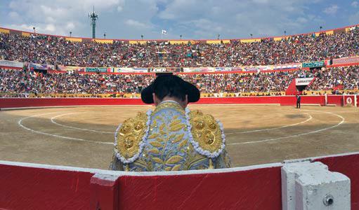 Interior de la plaza de toros Román Eduardo Sandia Briceño, de Mérida. Patrimonio cultural de Venezuela.