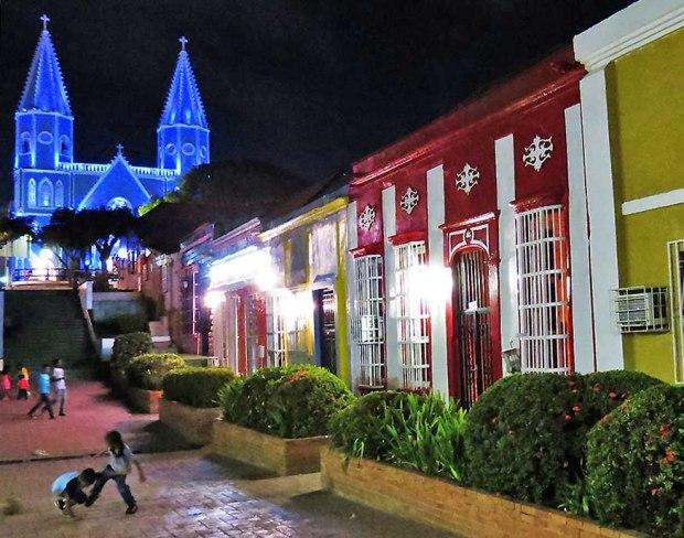 Parroquia Santa Lucía y su iglesia, patrimonio en peligro. Maracaibo, estado Zulia. Venezuela.