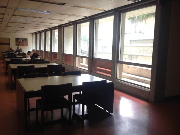 Sala de lectura. Colección Bibliográfica General. Foto: Mayerling Zapata López.