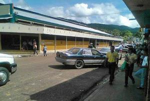 Vista lateral del Mercado Municipal de Caripito. Foto IPC, circa 2006.