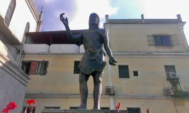 Bautista sin su bastón, en la iglesia homónima de Valera, Trujillo. alerta cultural venezuela.