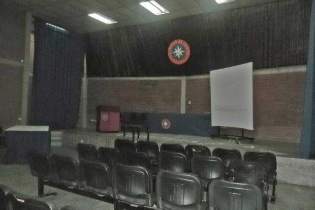 Auditorio del Museo Geológico y Minero José Baptista Gómez. Núcleo Bolívar de la UDO. Alerta patrimonial de Venezuela.