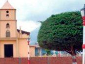 Templo Sagrado Corazón de Jesús de Laguna de García, Táchira. Patrimonio cultural de Venezuela.