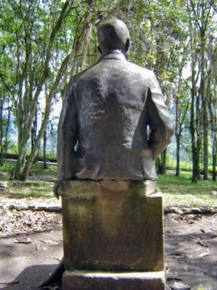 Estatua de Humberto Tejera. Patrimonio cultural del estado Mérida, Venezuela.
