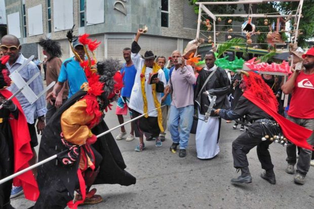 Entierro de la sardina, tradición religiosa de Naiguatá, estado Vargas. Patrimonio intangible de Venezuela.