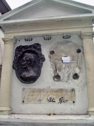 Estatuas de Mérida en extinción. Patrimonio cultural en peligro.