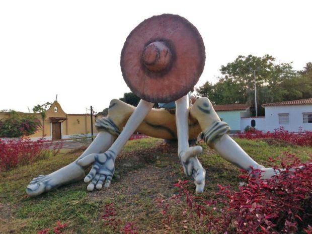 Monumento a El Silbón, en Guanarito, estado Portuguesa - Venezuela. Foto en Pinterest.