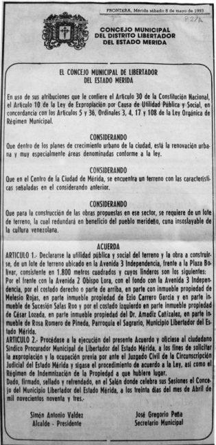 Acuerdo del Concejo Municipal de Libertador declarando de utilidad pública los terrenos donde se construía el edificio El Fortín, frente a la plaza Bolívar. Foto colección BFC.